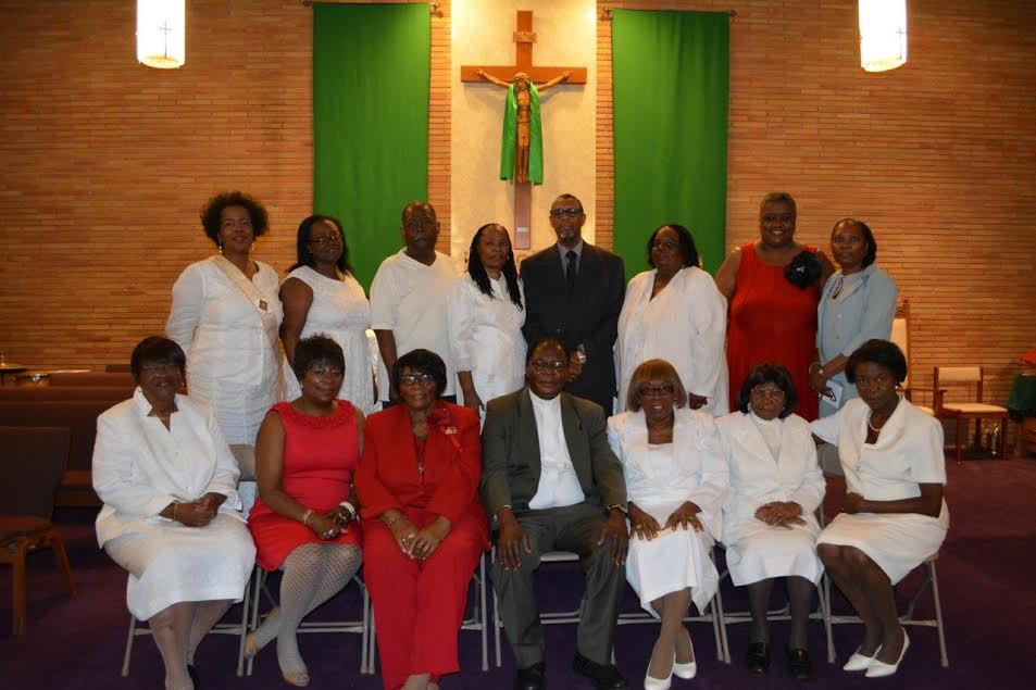 Lectors.Extraordinary Ministers of Communion